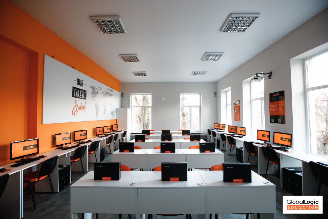 untitled-3-of-11-1320x880 У Харкові відкрили першу embedded лабораторію для майбутніх IT-спеціалістів
