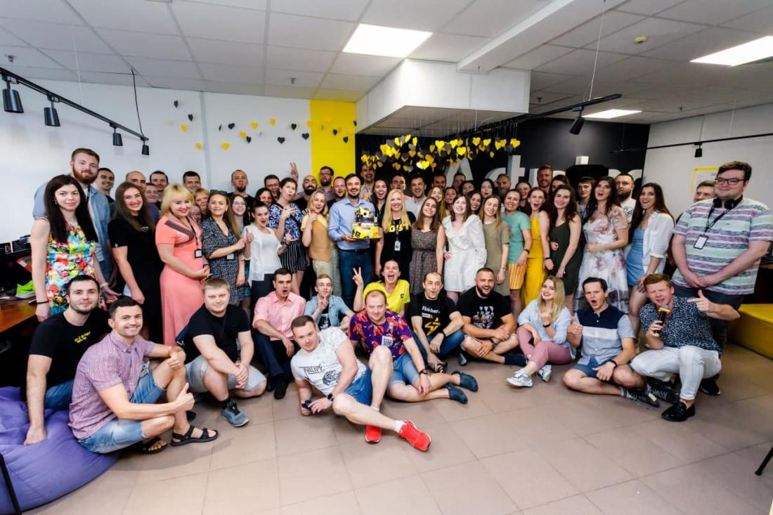 photo_2021-03-17_09-49-17-1100x733 Мемберы Kharkiv IT Cluster: 50 фактов об Artjoker