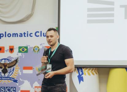 Snymok-ekrana-2021-06-16-v-20.39.55-414x301 Компания Techstack — мембер Kharkiv IT Cluster