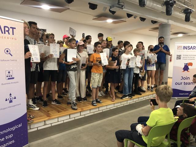 IMG_0371-640x480 Урочиста церемонія закриття сезону в літній школі «ЛОЛ-2021»